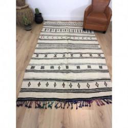 Sublime tapis berbère Kilim fond clair et petits motifs colorés