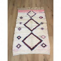 Petit tapis berbère Boucherouite blanc et rose