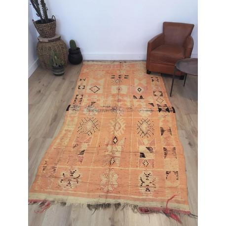 Ancien et rare tapis berbère Boujad de couleur dominante orange